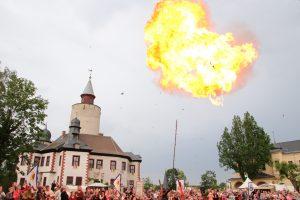 Ritterturnier und Mittelalterspektakel auf Burg Posterstein