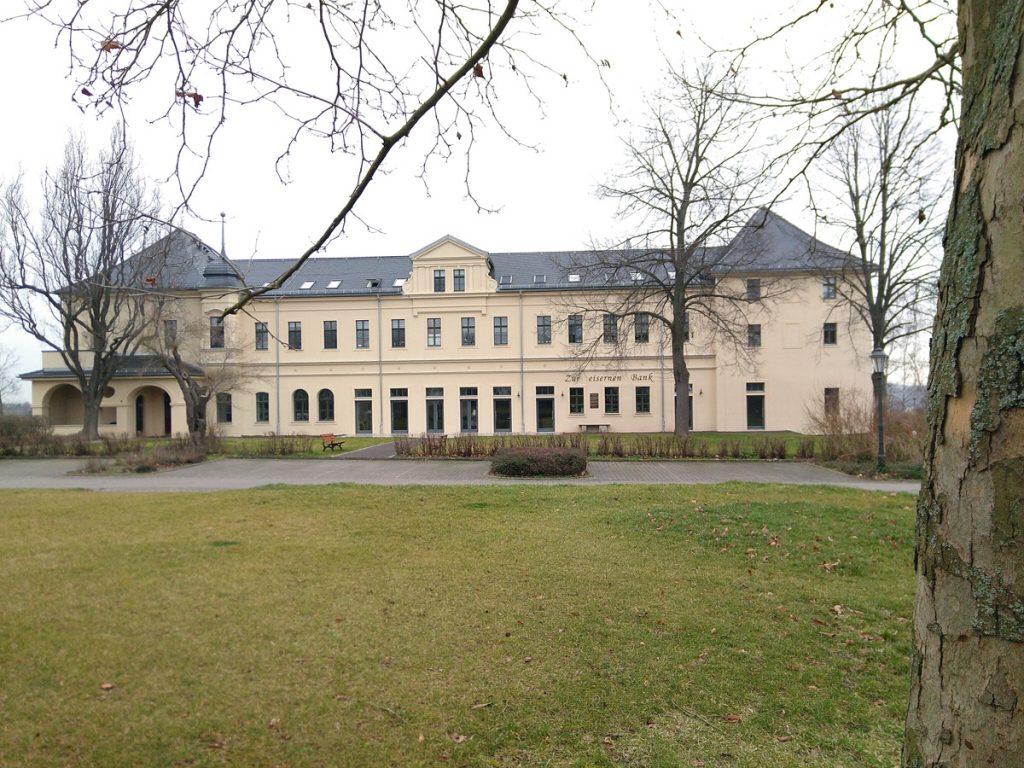 Blick auf das Herrenhaus Posterstein
